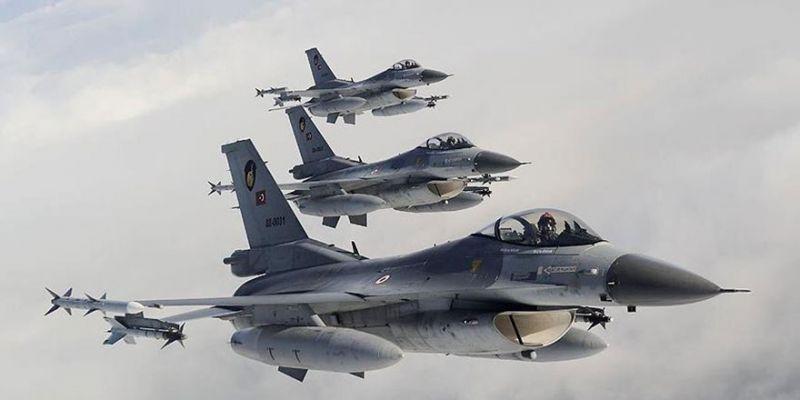 Irak'ın kuzeyinde 19 terörist...