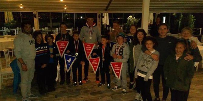 İzmit Yelken kulübü, başarısına başarı katıyor