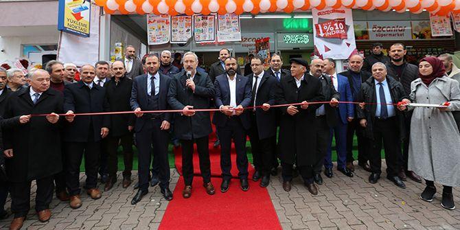 Özcanlar Süpermarket, Derince'de hizmete açıldı
