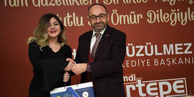 """Üzülmez: """"Kadınlarımız Türkiye'ye örnek oluyor"""""""