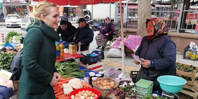 Başaran, pazarcıları ziyaret etti