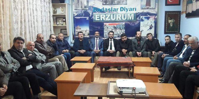 Dadaşlar kurtuluş programında şehitleri andı