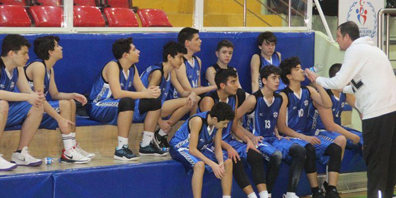 Liseler basketbolda ilk maçlar