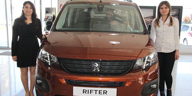 Yeni Peugeot Rifter göz kamaştırdı