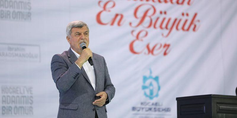 """Karaosmanoğlu, personele veda etti: """"15 yılda parmakla gösterilen belediye olduk"""""""