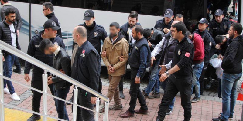 O HDP'lilerden 7'si tutuklandı