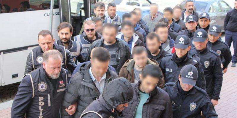 8 ilde gözaltına alınan FETÖ şüphelileri adliyede!