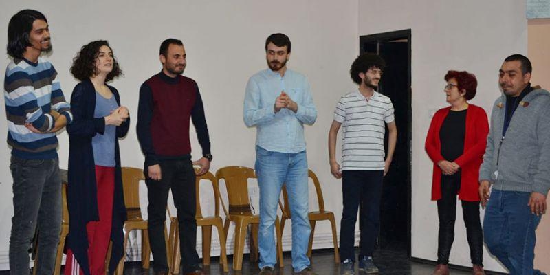 Tiyatro Haftası'nda doğaçlama tiyatro gösterisi