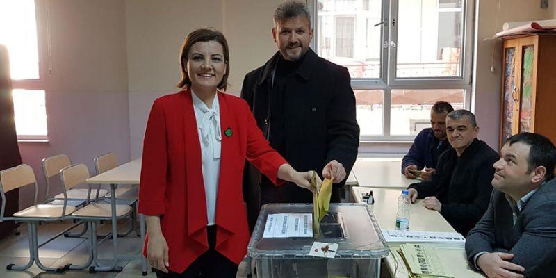 İzmit'te iki kişiden biri Hürriyet'e oy attı