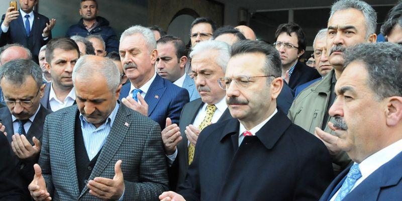 Vali Aksoy: Şiddetle kınıyoruz