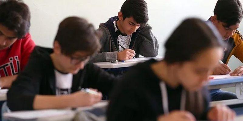 Liselerde yeni dönem! Ders sayısı düşüyor