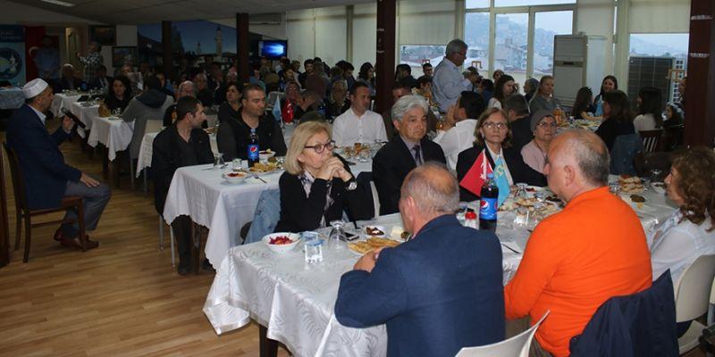 Kırım Tatarları'ndan anma ve iftar