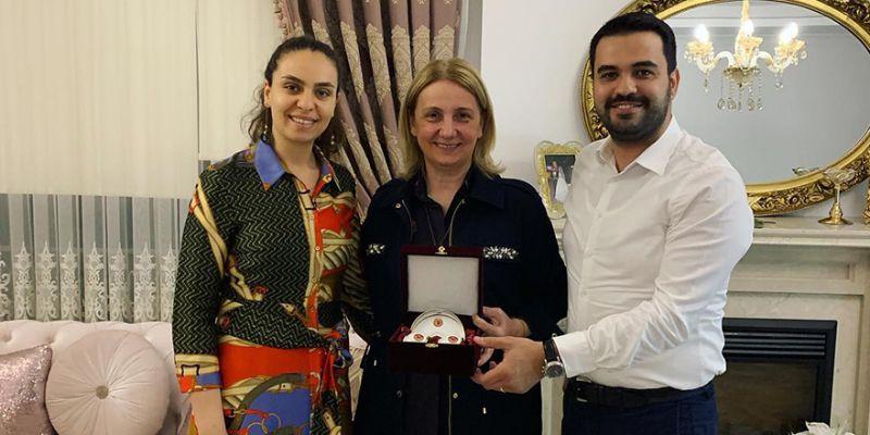 Özsoy ailesi Milletvekili Zeybek'i iftarda ağırladı