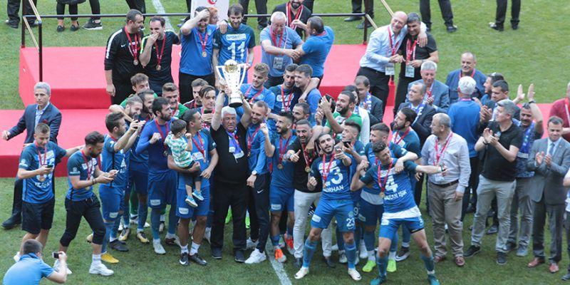 Velimeşespor ikinci sezonunda başardı
