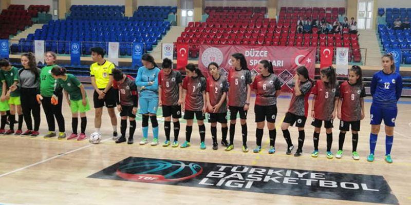 Adem Başoğlu yıldız kızları Türkiye ikincisi oldu