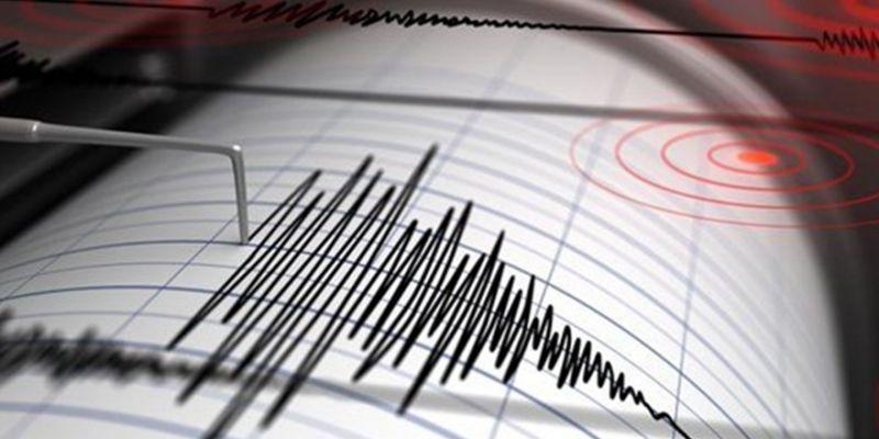 O ülkede 7,4 büyüklüğünde deprem