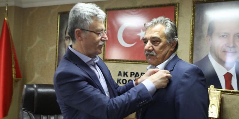 Eski belediye başkanı AK Parti'ye geçti