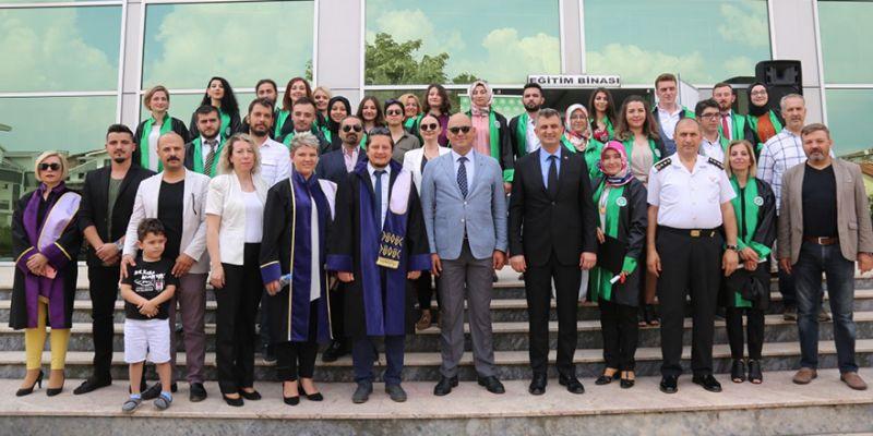 Ali Özbay MYO 24 mezun verdi
