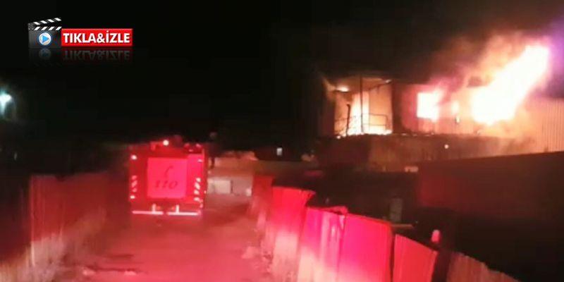 Palet imalathanesinde yangın! O anlar kamerada