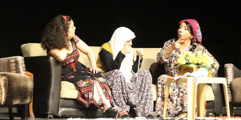 Yükümlü kadınlardan tiyatro