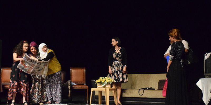 """Mahkumlar """"kadına şiddeti"""" sahnede anlattı"""