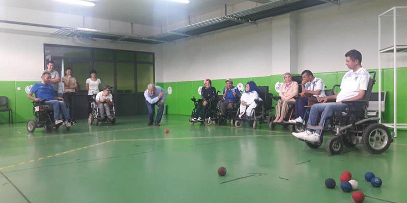 Engelli sporcular Kartepe'de çalışıyor