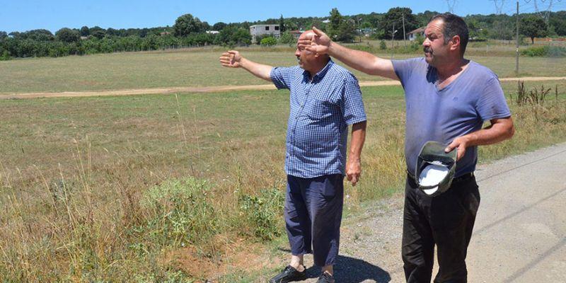 Mahalle halkının yol isteği: '10 yıldır tarladan geçiyoruz'