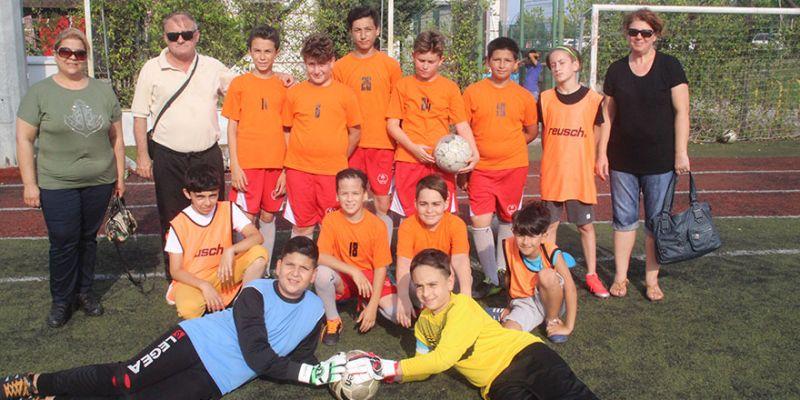 Yenimahallespor'da ücretsiz futbol okulu