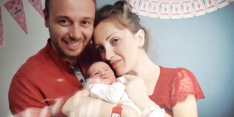 Lina bebek doğdu