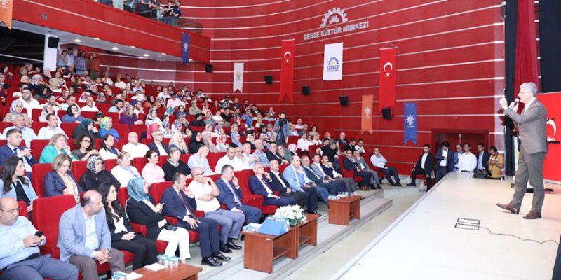 AK Parti Gebze'de coşkulu danışma