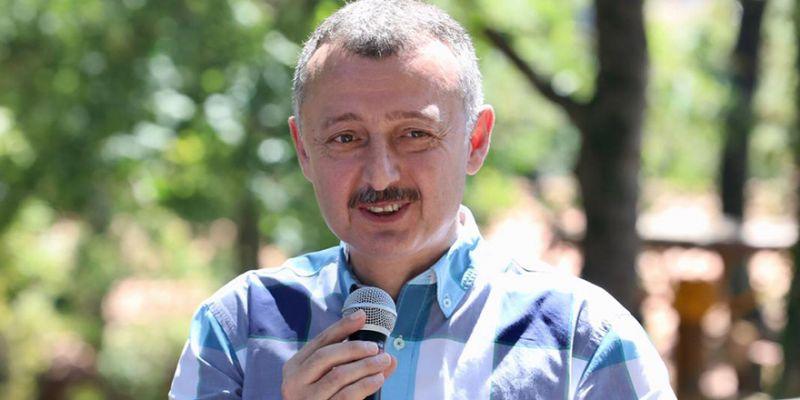 """Azeri: """"Kocaeli'nin en büyük şansı Tahir Büyükakın'dır"""""""