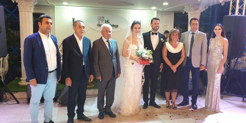 Doktor Salıcı ile Sünetci evlendi