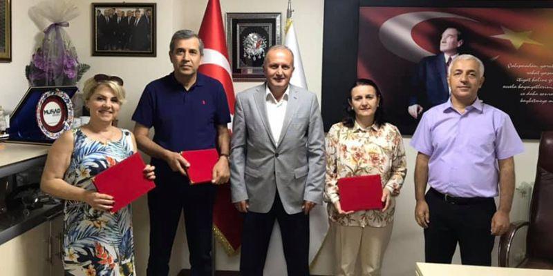 İŞKUR'dan 3 personel emekliye ayrıldı