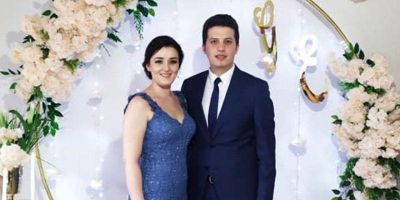 Gözde ile Emre nişanlandı