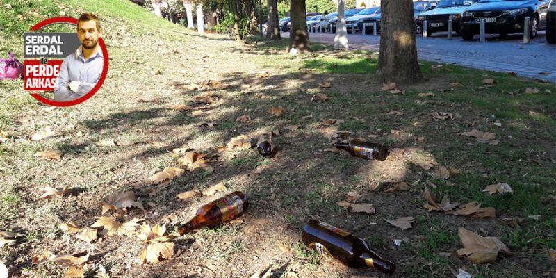 Doğu Kışla'daki içki şişeleri
