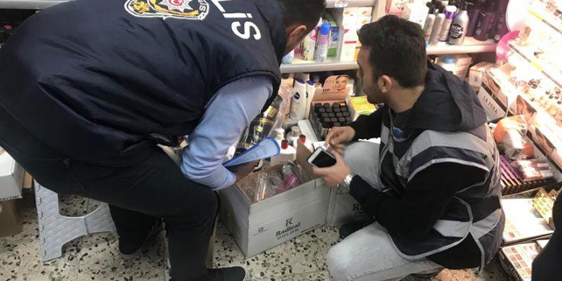 Kocaeli polisinden taklit ürün operasyonu!