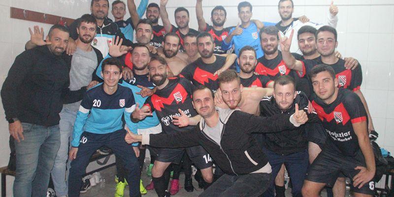 Mertspor, 10 kişi kalan Esenspor'a fark attı: 2-5