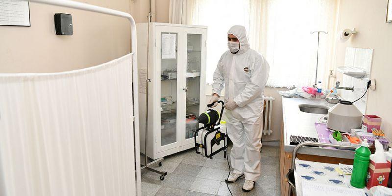 Eczaneler ve sağlık ocakları dezenfekte ediliyor