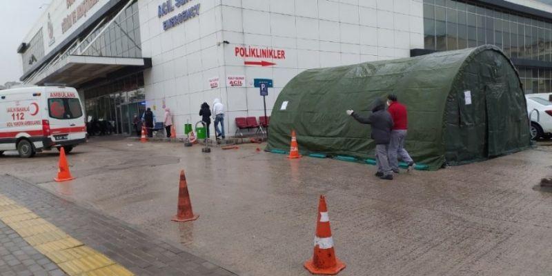 Hastanelerde başladı! Korona nedeniyle çadır kurulacak