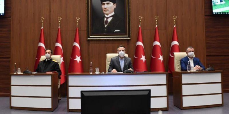 Vali Aksoy'dan önemli korona açıklaması