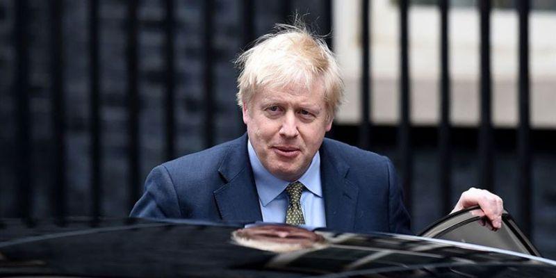 İngiltere Başbakanı hastaneye kaldırıldı