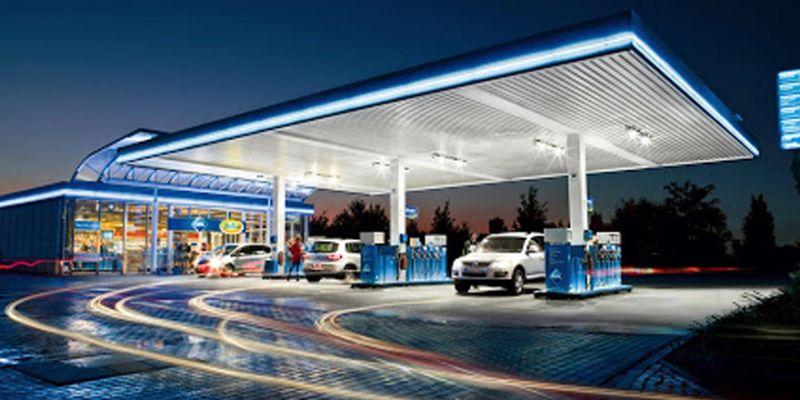 Vatandaş evden çıkmayınca benzin istasyonları boş kaldı