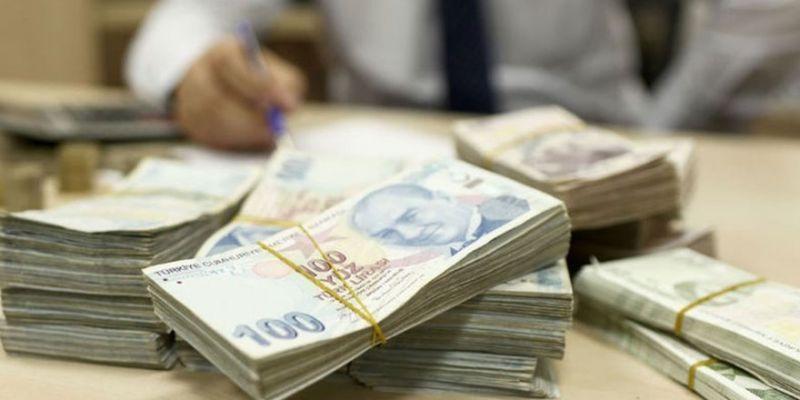 Öğrencilerin burs ve kredileri yatırılmaya başlandı