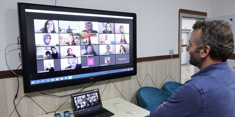 Başiskele Çocuk Üniversitesi'nde online eğitimler başladı