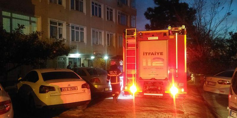 Apartmanın 4. katında yangın paniği: 1 yaralı