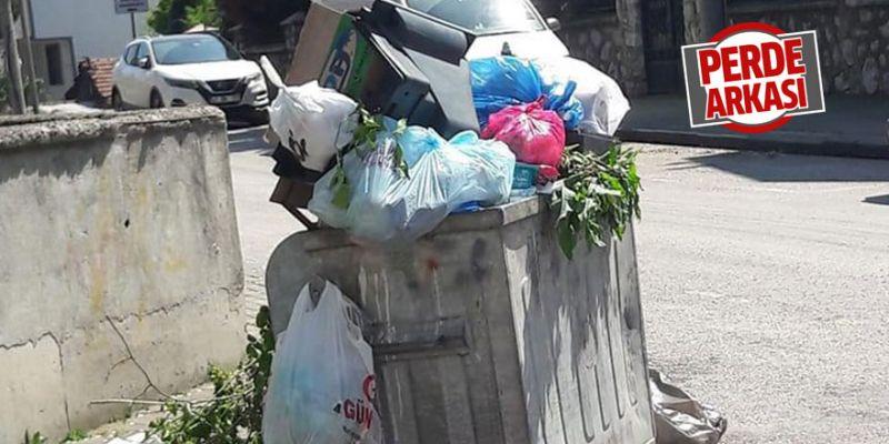 Çöpler dolup taşıyor