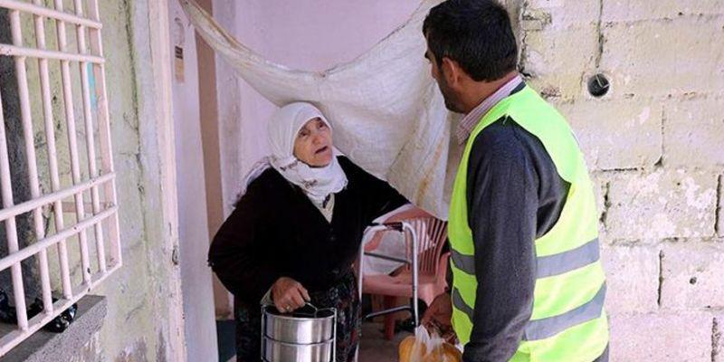 """""""Yaşlılara Ramazan ayında yemek hizmeti verilmeli"""""""