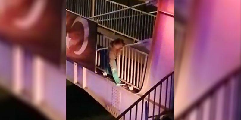 Köprüye çıkıp intihara kalkıştı