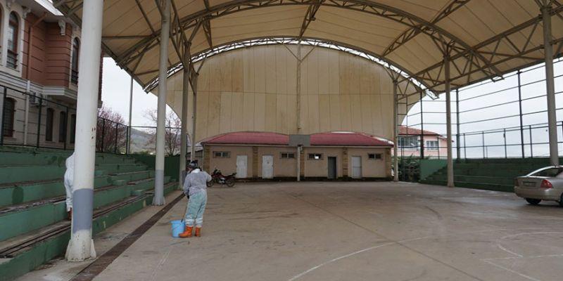 Akmeşe pazar alanının etrafı kapatılıyor