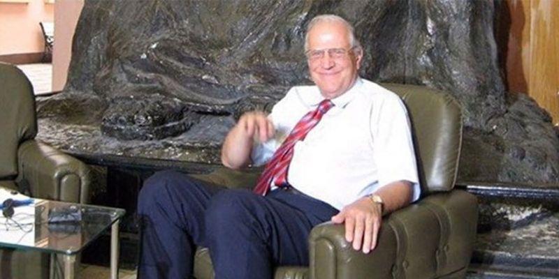Prof. Dr. Ali Ülkü Azrak koronaya yenildi